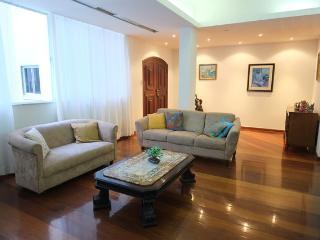 Amazing 4 bedroom apartment on Av. Atlântica - Rio de Janeiro vacation rentals