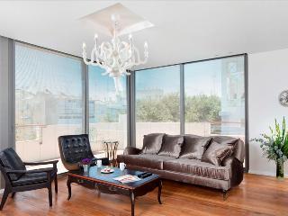 PENTHOUSE - Most ELEGANT Penthouse, near beach - Tel Aviv vacation rentals