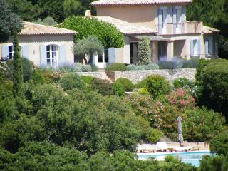 Villa Cavalaire vacation holiday large villa rental france, southern france, riviera, cote dazur, pool, air conditioning, near st. trope - Saint-Tropez vacation rentals