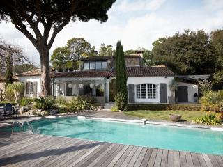 Villa Ombre- Large St Tropez Holiday Rental with Pool, AC, and Near Beach - Cogolin vacation rentals