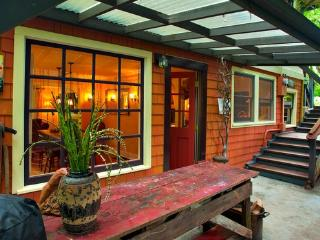 Captain's Quarters in SW PDX Cottage - Portland vacation rentals