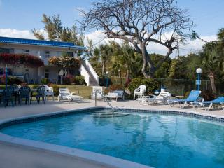Attractive, affordable Garden Apartment near Beach - Freeport vacation rentals