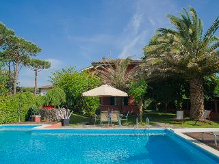 Villa Maria Beautiful Tuscan Vacation Rental - Forte Dei Marmi vacation rentals