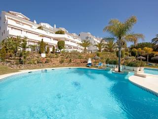 Fantastic beach apartment, walking distance to amenities - Marbella vacation rentals
