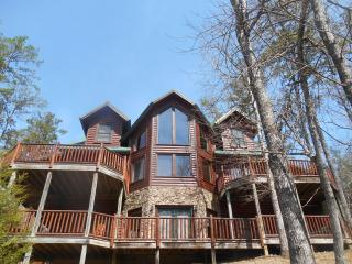 Luxury Cabin-3D Theater-Pool-HotTub-Gameroom - Gatlinburg vacation rentals