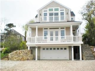 BEAUTIFUL, CENTRAL AIR, WALK TO NEW SILVER BEACH! 121780 - North Falmouth vacation rentals