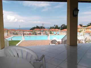 MONTEGO BAY, JA - BEAUTIFUL, SUNNY & BRIGHT TOWNHOUSE - Montego Bay vacation rentals
