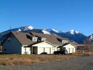 Paradise Found, Four Seasons of Fun near YNP! - Yellowstone vacation rentals