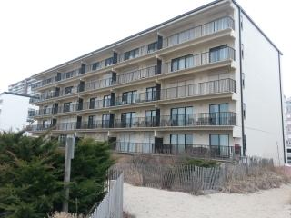 3br. Smack on the beach. - Ocean City vacation rentals
