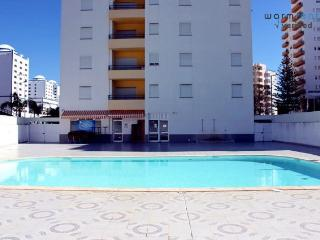 Boogaloo Apartment - Praia da Rocha vacation rentals