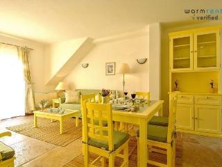 Giddah Yellow Apartment - Olhos de Agua vacation rentals