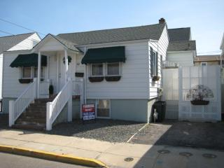 North End Ocean Block 3 Bedroom Steps to the Beach - Seaside Heights vacation rentals