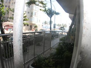 2-119, 2 bedroom in Arpoador next Av. Vieira Souto - Rio de Janeiro vacation rentals