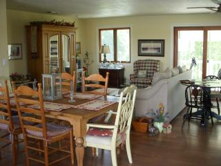 Delta River Getaway - Walnut Grove vacation rentals