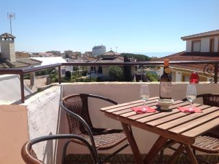 DOÑANA and beaches. Cozy apartment in Chalet. 3 bedrooms and 3 bathrooms. 6 persons sleeping - Matalascanas vacation rentals
