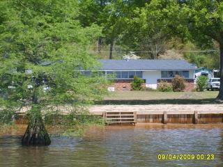 Big Water of Lake Marion has the best cat fishing - South Carolina Lakes & Blackwater Rivers vacation rentals