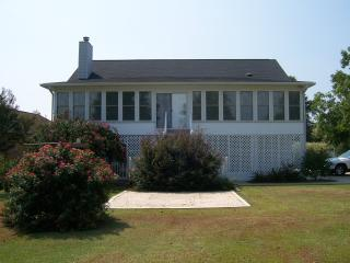 Goat Island at it's best (Oswald home) - Summerton vacation rentals