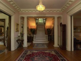 Federal Crest Inn B&b - An Elegant Inn In C. Va - Central Virginia vacation rentals