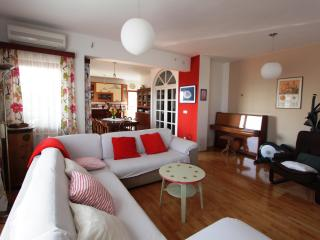 4 u 2 enjoy the genuine vacation.. - Split vacation rentals