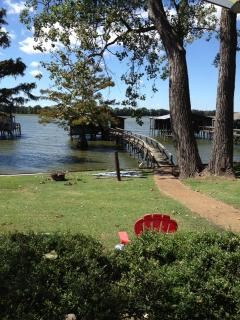 Beautiful Lakefront property with private dock for - Memphis vacation rentals