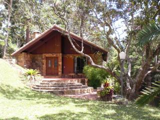 Chalet In Itaipava  With Jacuzi, Fireplace And Breakfast - Teresopolis vacation rentals
