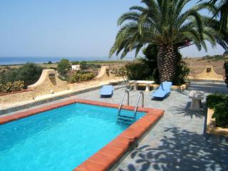Una terrazza sul mare - Villa con piscina - Ribera vacation rentals
