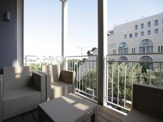 MAMILA LUXURY APT 2br - 1300ft² (120sqm) Jerusalem - Israel vacation rentals