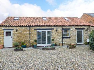 COW BYRE COTTAGE all ground floor, pet-friendly, luxury cottage in Scarborough Ref 911892 - Ebberston vacation rentals