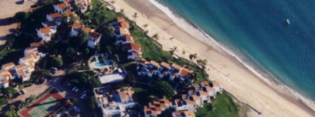 Aerial view of condos & shore - 3 BR Oceanview Condo ON BEACH San Carlos Mexico - San Carlos - rentals