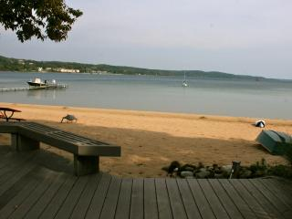 Suttons Bay Waterfront Cottage Walk to Town! - Suttons Bay vacation rentals