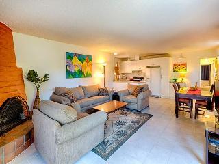 La Jolla Beach Rental Condo With Private Yard - La Jolla vacation rentals
