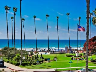 Enjoy surf, sand, and sunsets from your La Jolla Shores penthouse - La Jolla vacation rentals