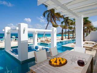 Two Bedroom Beachfront Villa  SPECIAL OFFER: St. Martin Villa 172 A Captivating Luxury Retreat For Complete Relaxation Of Body & Soul. - Dawn Beach vacation rentals