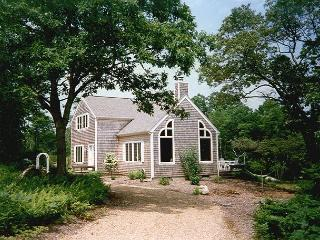 GOLUH - Wifi, A/C in Master - Chilmark vacation rentals