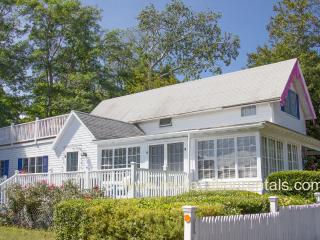 VANAL - Updated Gingerbread Cottage, 5 Minute Stroll Along Harbor to Beach and Town Center, 3 TV's, WiFi - Oak Bluffs vacation rentals