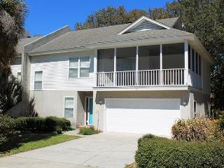 #12 12th Terrace - Close to the Beach and Downtown Tybee - Small Dog Friendly - Tybee Island vacation rentals
