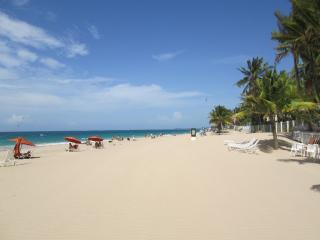 Beach + boho vibe = affordable cozy studio - San Juan vacation rentals