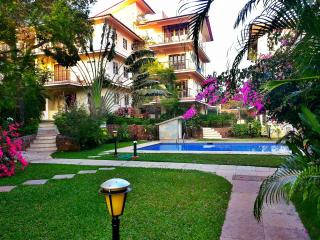 Fully Furnished European Apt with Covered Parking - Bardez vacation rentals