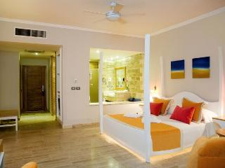 Lifestyle Oceanside Suite VIP, GOLD - Puerto Plata vacation rentals