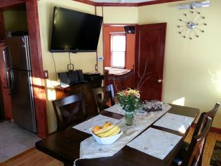 Charming 2BR/2BA Home in Good Neighborhood - New Hope vacation rentals