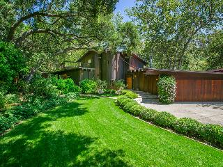 Custom creekside home in beautiful natural setting - Creekside Haven - Santa Barbara vacation rentals