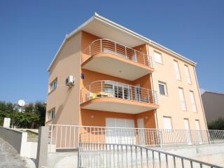 Apartment Franić 2  *** - Okrug Gornji vacation rentals