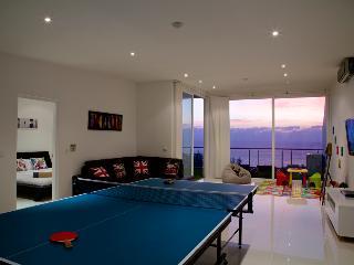 Ocean View Karon Penthouse - Karon vacation rentals