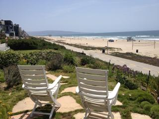 Escape the HEAT at this Great Beach Front Retreat! - Manhattan Beach vacation rentals