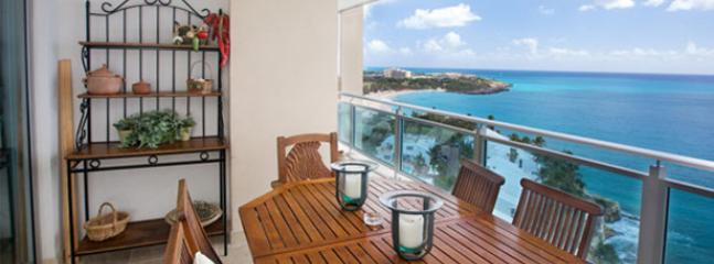 The Cliff @ Cupecoy... 1BR Suite, Cupecoy, St Maarten 800 480 8555 - THE CLIFF AT CUPECOY...  Wow!  Fabulous new contemporary condo complex with Dior Spa, gym, tennis... beautiful! - Cupecoy - rentals