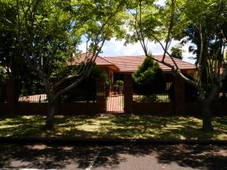 Renway House Bed & Breakfast - Toowoomba vacation rentals