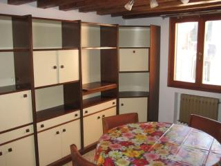 Tintoretto's Big Apartment whit terrace - Venice vacation rentals