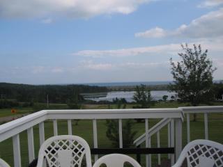 Red Point Tourist Home - Annandale-Little Pond-Howe Bay vacation rentals
