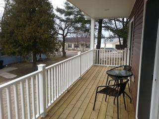 Cottage Apartment in Lake City, Michigan - Falmouth vacation rentals