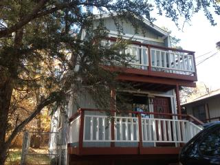 Beautiful Upgraded Two Bedroom Cabin close to the - Big Bear Lake vacation rentals